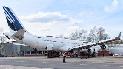 F-GLZR - Air France Airbus A340-300
