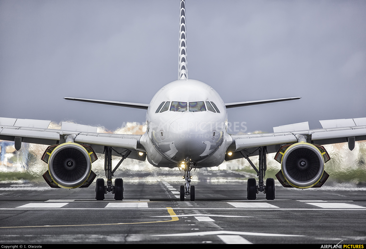 Vueling Airlines EC-MIQ aircraft at San Sebastian