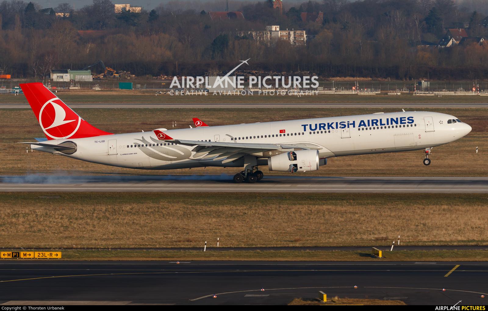 Turkish Airlines TC-LOD aircraft at Düsseldorf