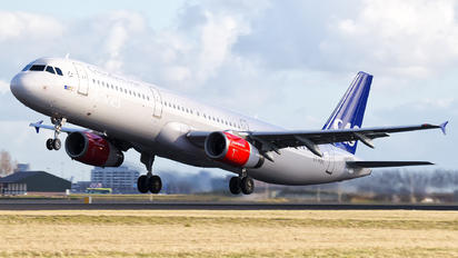 OY-KBK - SAS - Scandinavian Airlines Airbus A321