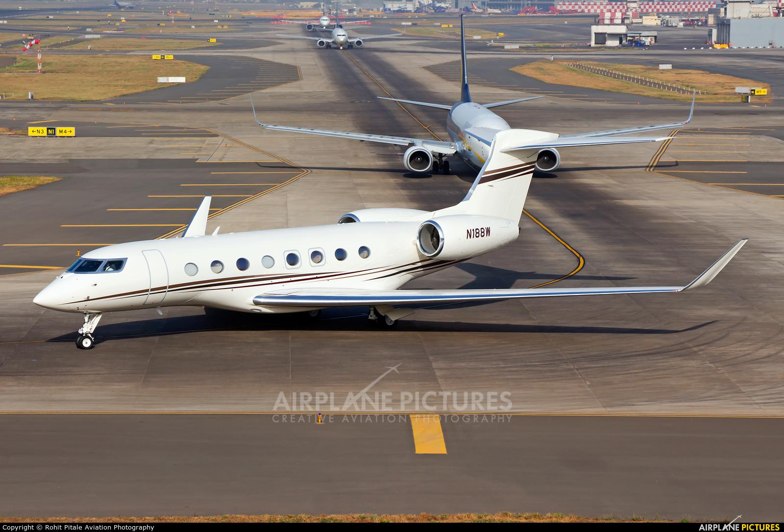 Private N188W aircraft at Mumbai - Chhatrapati Shivaji Intl