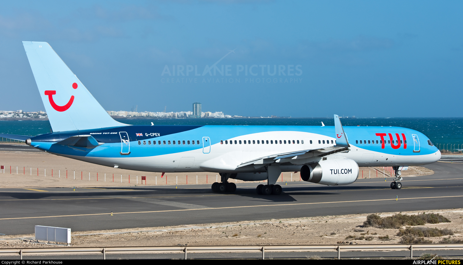 TUI Airways G-CPEV aircraft at Lanzarote - Arrecife