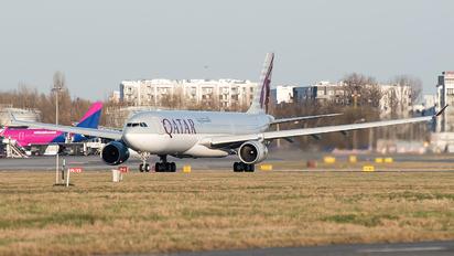 A7-EAB - Qatar Airways Airbus A330-300
