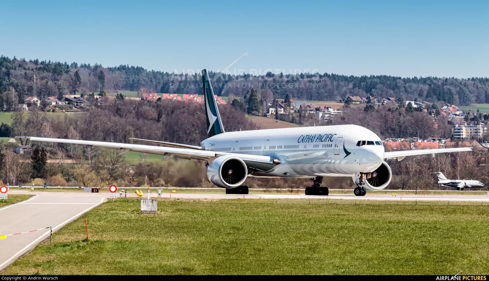 Cathay Pacific B-KPW aircraft at Zurich