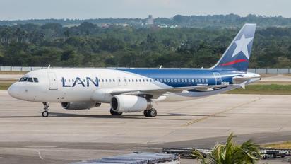 CC-BAB - LAN Airlines Airbus A320