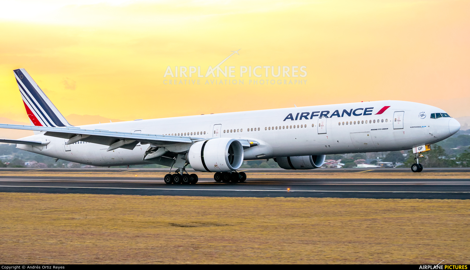 Air France F-GSQP aircraft at San Jose - Juan Santamaría Intl