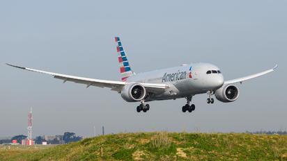 N808AN - American Airlines Boeing 787-8 Dreamliner