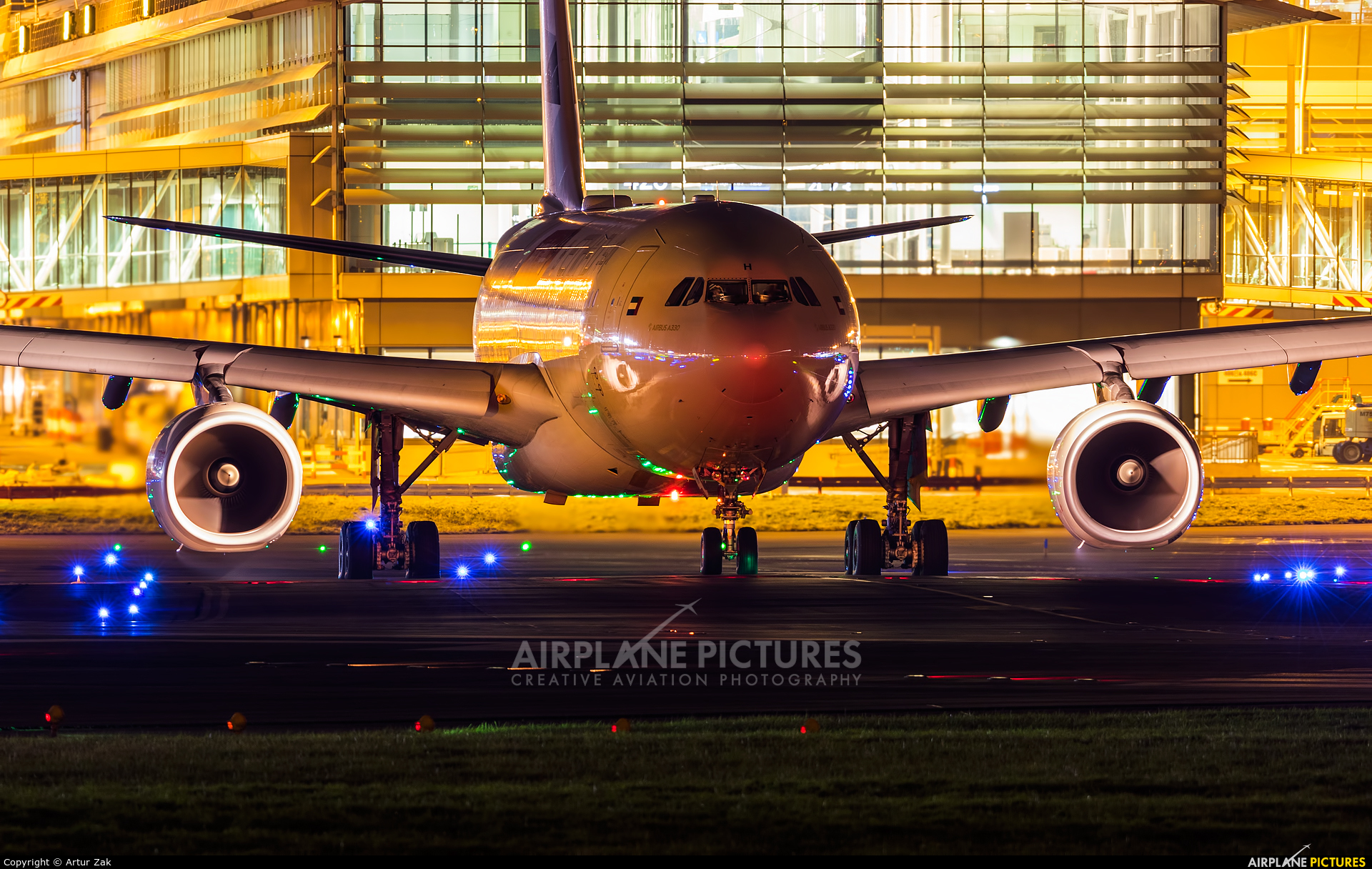 Etihad Airways A6-EYH aircraft at Dublin