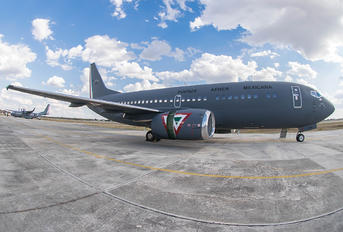 3529 - Mexico - Air Force Boeing 737-300