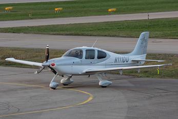 N111DU - Private Cirrus SR-22 -GTS