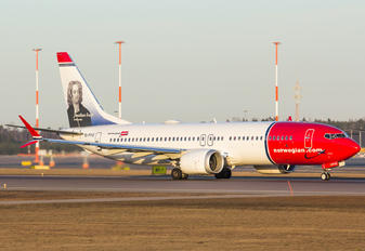 EI-FYC - Norwegian Air International Boeing 737-8 MAX