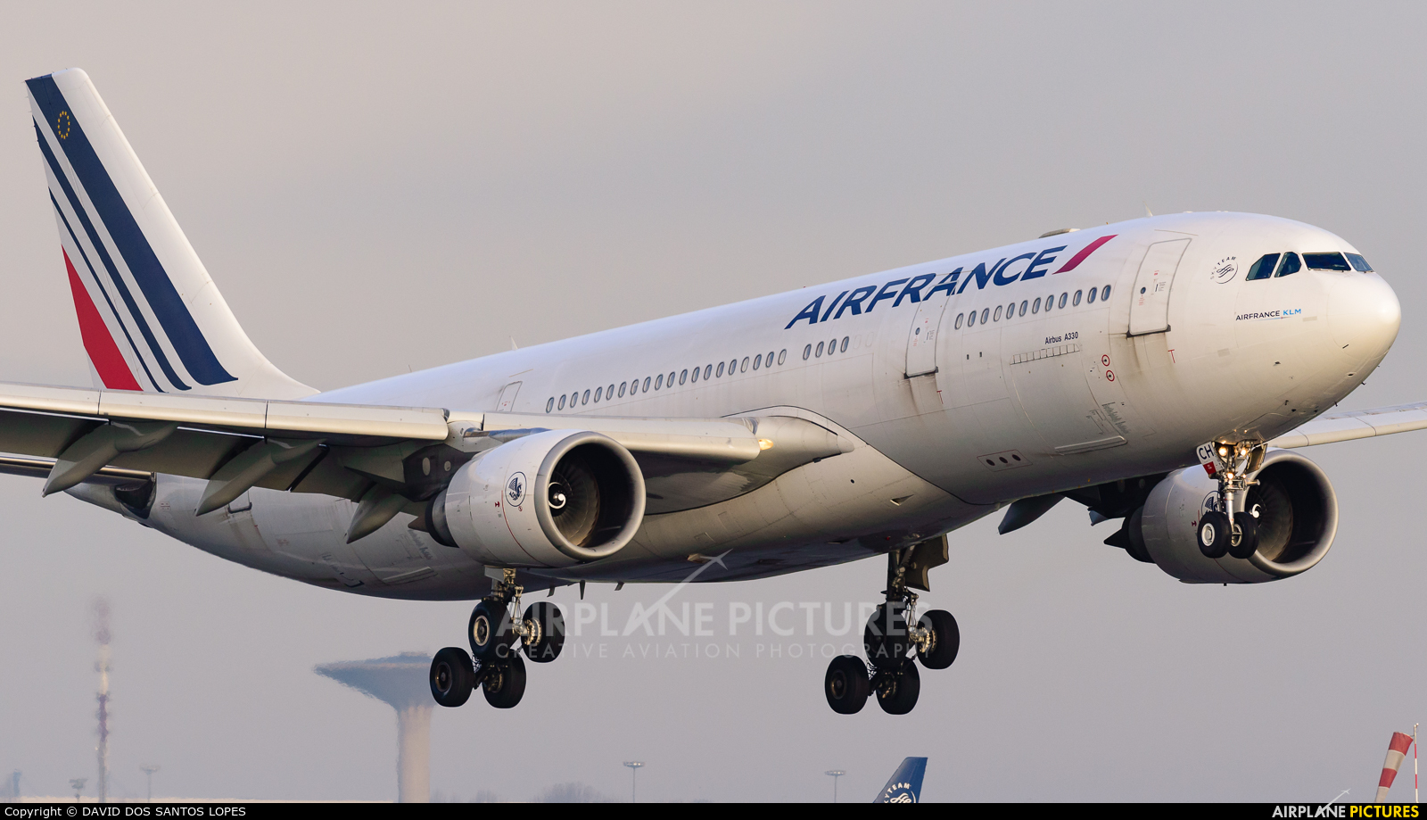 Air France F-GZCH aircraft at Paris - Charles de Gaulle