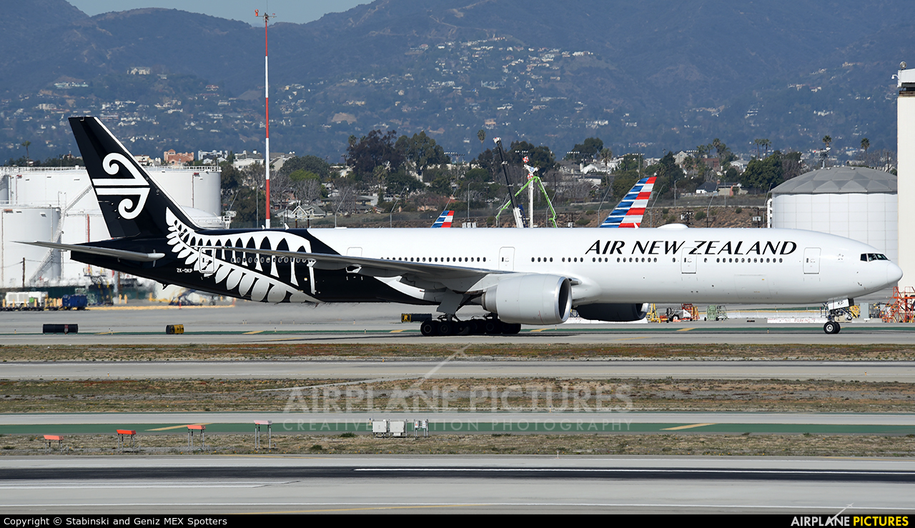 Air New Zealand ZK-OKP aircraft at Los Angeles Intl