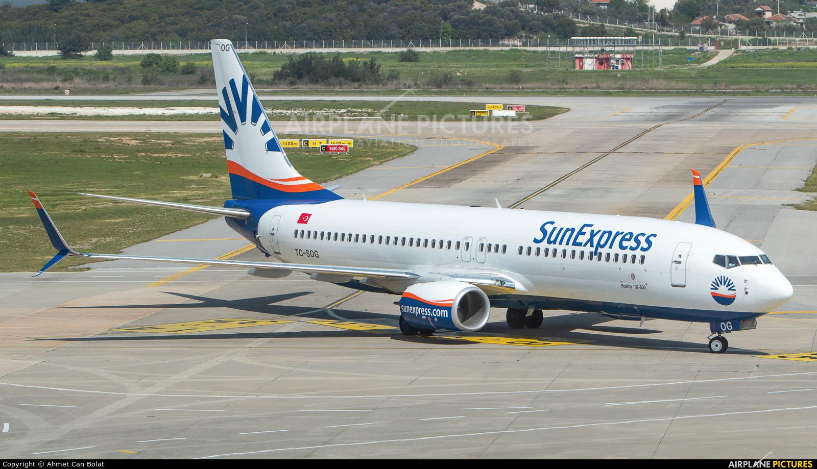 SunExpress TC-SOG aircraft at Izmir Intl
