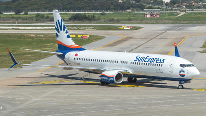 TC-SOG - SunExpress Boeing 737-800