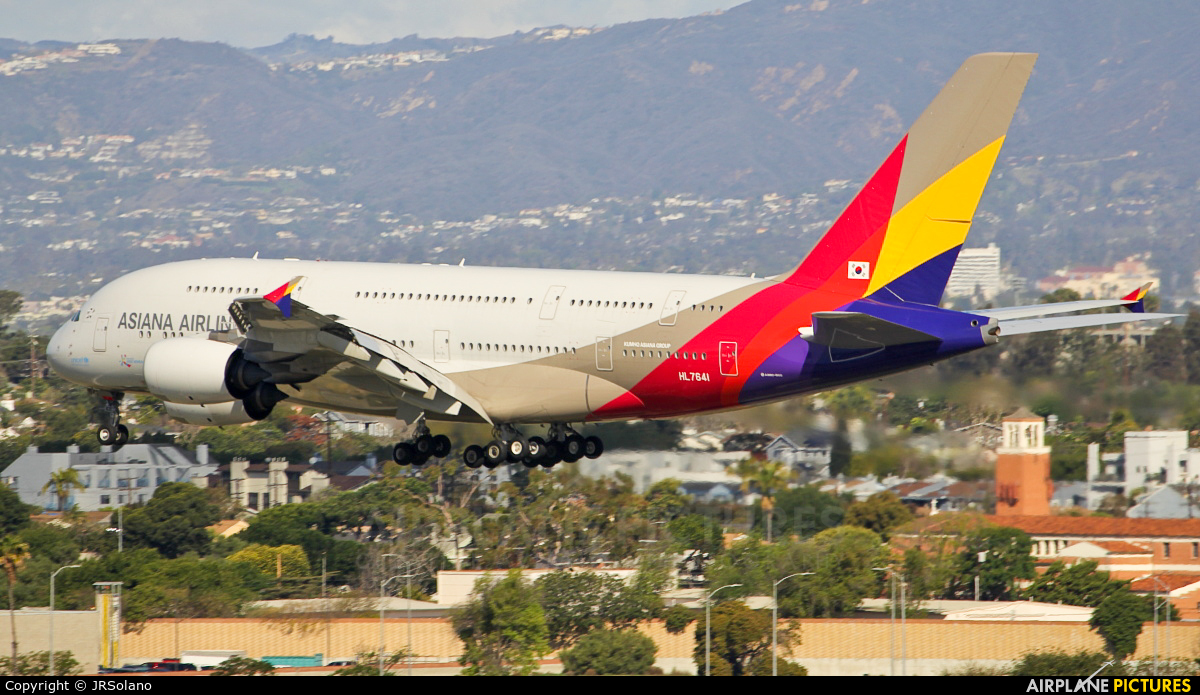 Asiana Airlines HL7641 aircraft at Los Angeles Intl