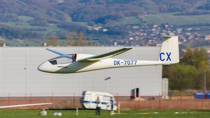 OK-7077 - Private Schempp-Hirth Standard Cirrus