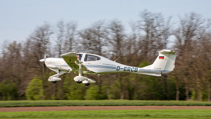 D-ERCB - Private Diamond DA 40 Diamond Star