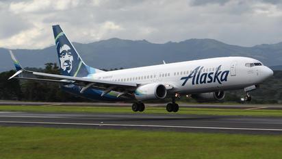 N566AS - Alaska Airlines Boeing 737-800