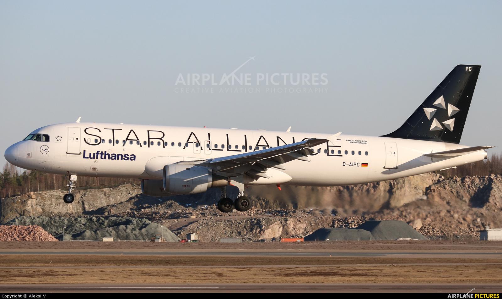 Lufthansa D-AIPC aircraft at Helsinki - Vantaa