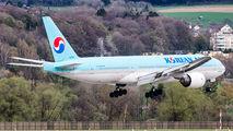 HL7531 - Korean Air Boeing 777-200ER aircraft
