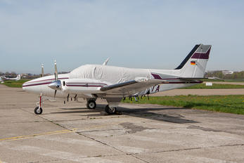 D-IOTA - Private Beechcraft 58 Baron