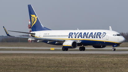 EI-ESS - Ryanair Boeing 737-800