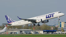 New Embraer E195 for LOT Polish Airlines title=