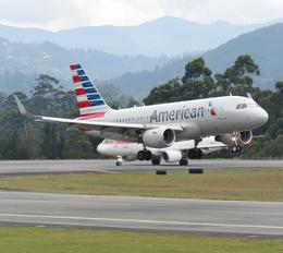 N9017P - American Airlines Airbus A319