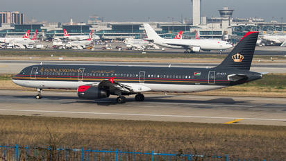 JY-AYT - Royal Jordanian Airbus A321