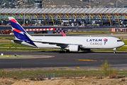 LATAM Cargo B763 visited Madrid title=