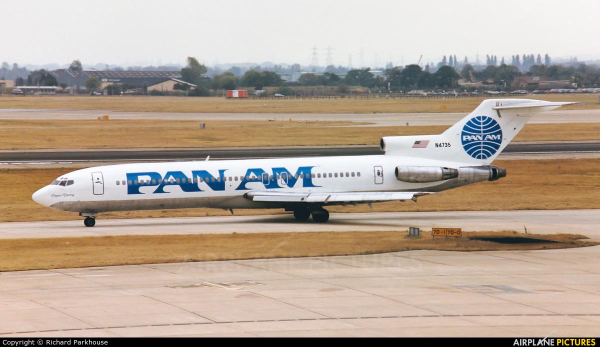 Pan Am N4735 aircraft at London - Heathrow