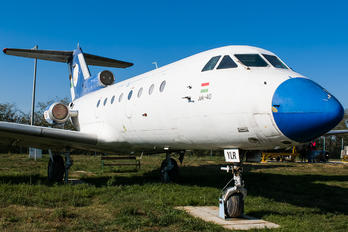 HA-YLR - Hungary - Government Yakovlev Yak-40