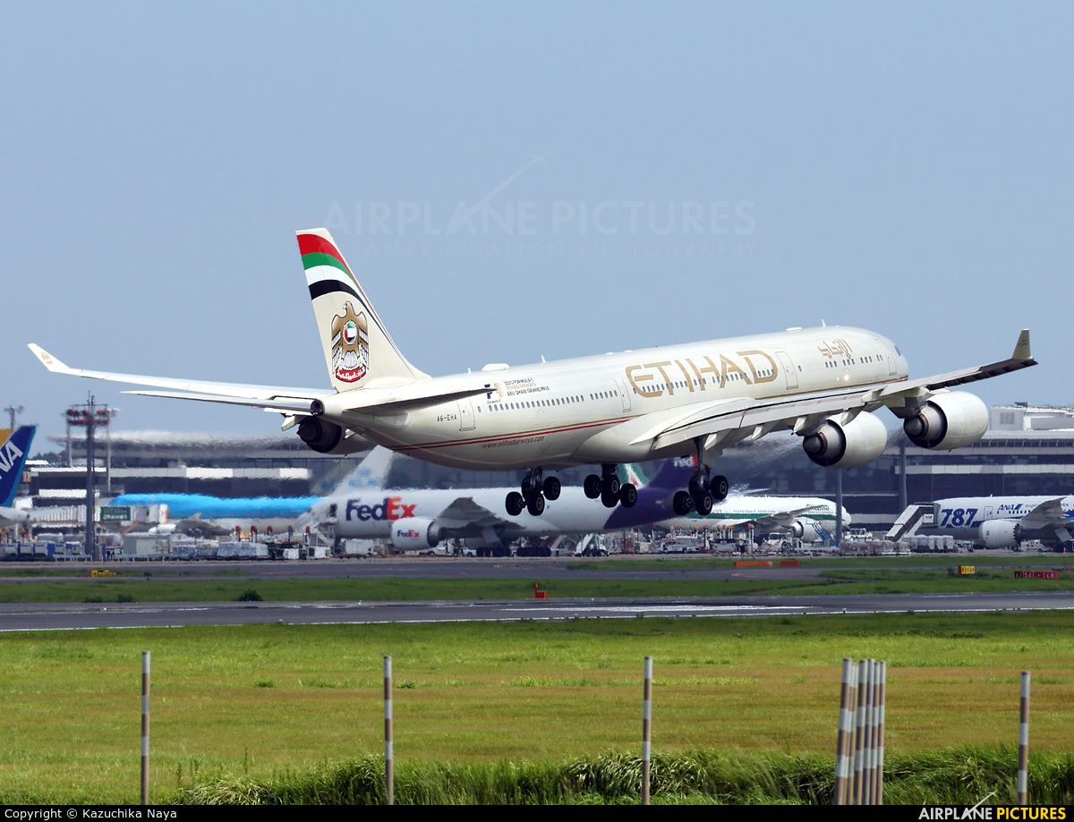 Etihad Airways A6-EHA aircraft at Tokyo - Narita Intl