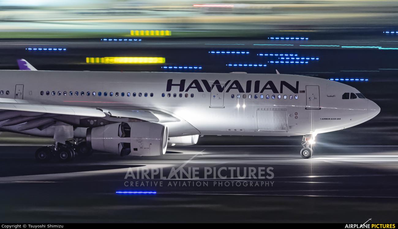 Hawaiian Airlines N382HA aircraft at Tokyo - Haneda Intl