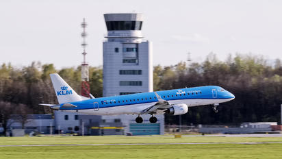 PH-EZA - KLM Cityhopper Embraer ERJ-190 (190-100)