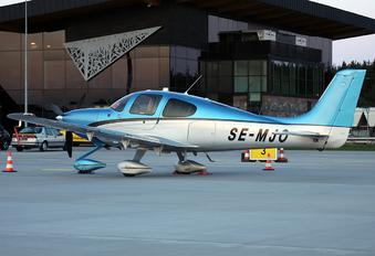 SE-MJO - Private Cirrus SR22T