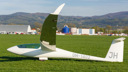 OM-1402 - Private Schempp-Hirth Discus-2cT