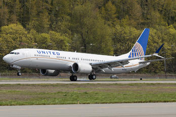 N67501 - United Airlines Boeing 737-9 MAX