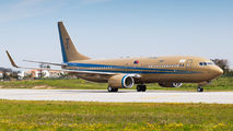 Sultan of Johor visited Porto with his Boeing 737-800 BBJ title=
