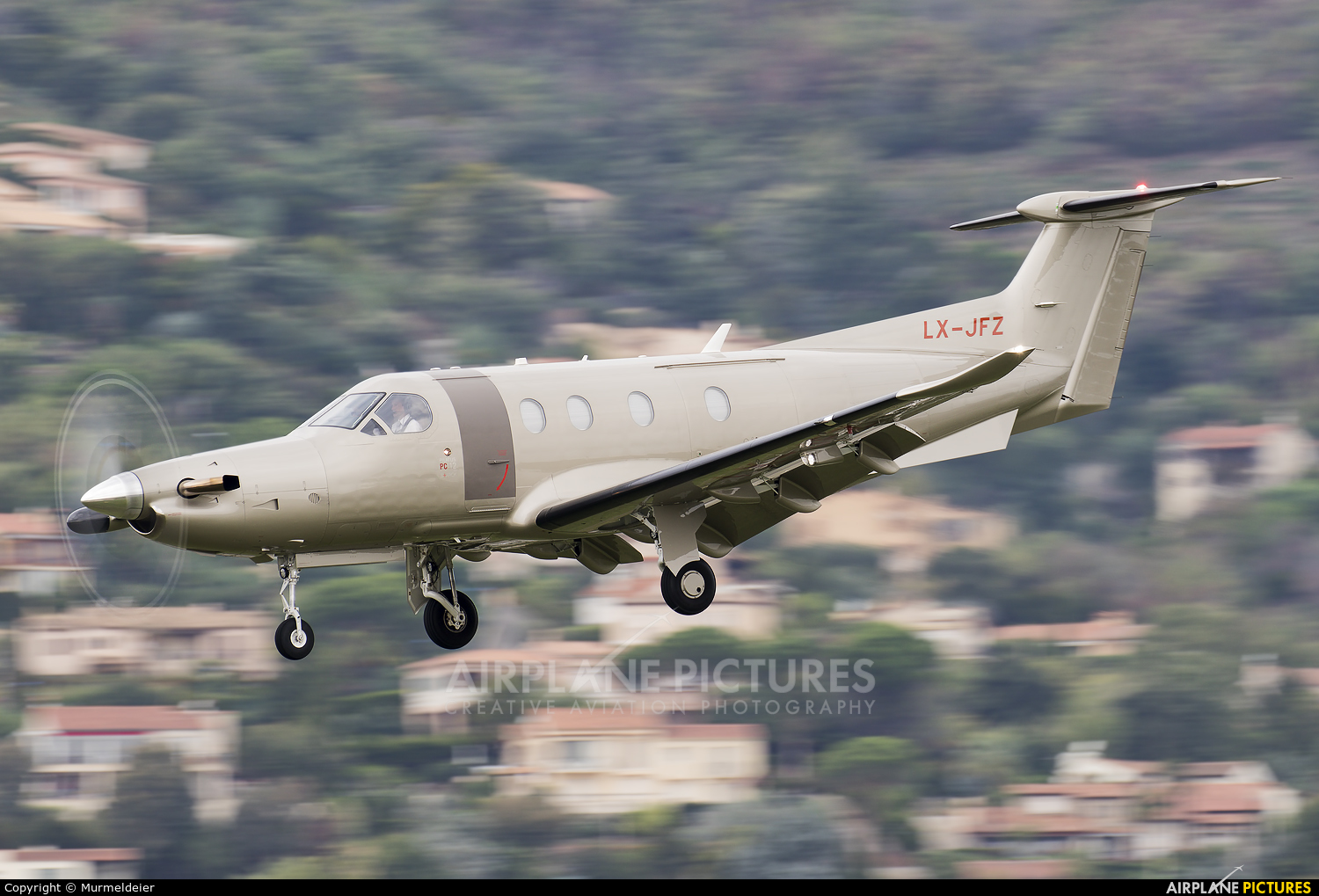 Lx Jfz Jetfly Aviation Pilatus Pc 12 At Cannes Mandelieu