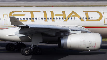 A6-EYR - Etihad Airways Airbus A330-200