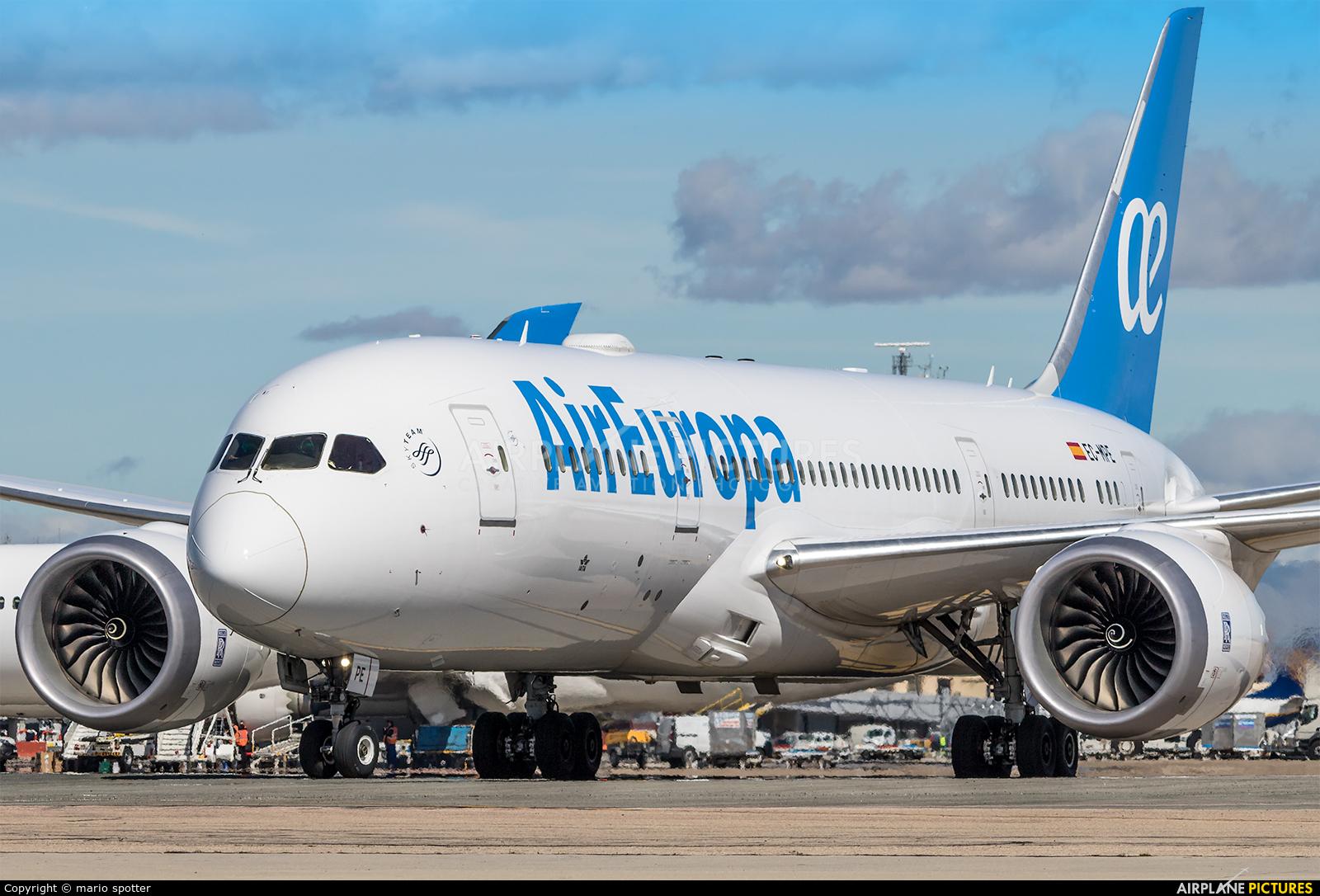 Air Europa EC-MPE aircraft at Madrid - Barajas
