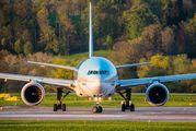 HL7526 - Korean Air Boeing 777-200ER aircraft
