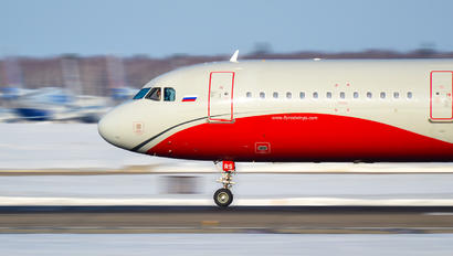 VP-BRS - Red Wings Airbus A321
