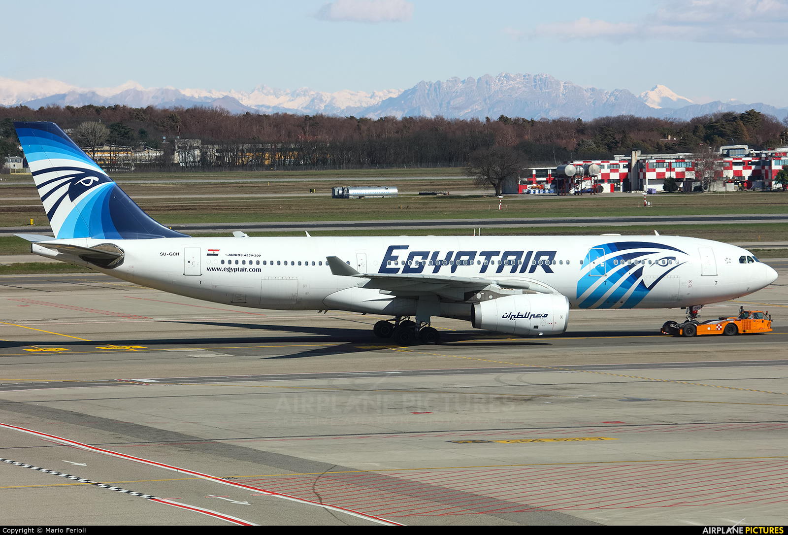 Egyptair SU-GCH aircraft at Milan - Malpensa