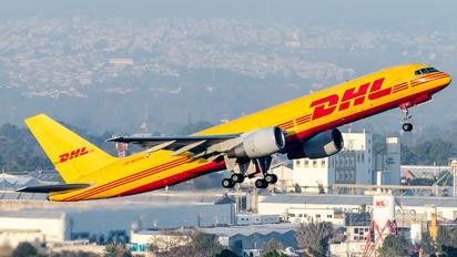 HP-1910DAE - DHL Cargo Boeing 757-200F