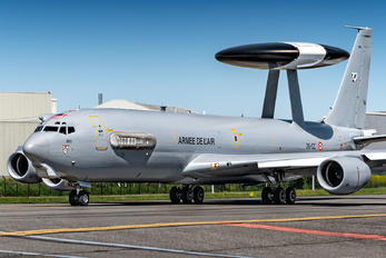 203 - France - Air Force Boeing E-3F Sentry