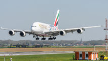 Second commercial visit of Emirates A380 to Brussels title=
