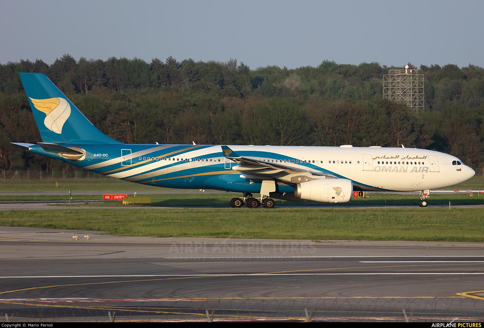 Oman Air A4O-DC aircraft at Milan - Malpensa